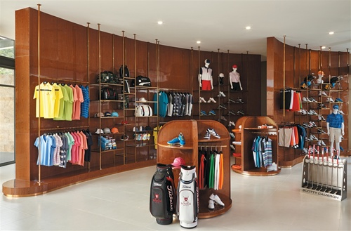 The store offers a variety of branded clothing and equipment for golfers, including items from Puma, Titleist, Footjoy and Cobra.— VNS Photo