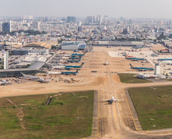 Tan Son Nhat is handling 36 million passengers, which is way above its designed capacity of 25 million. Shutterstock/AsiaTravel
